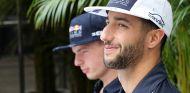 Daniel Ricciardo y Max Verstappen en Austin - SoyMotor.com