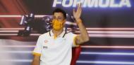 "Ricciardo se ""resetea"" en Formentera antes de Bakú - SoyMotor.com"