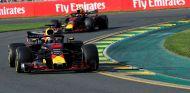 Daniel Ricciardo por delante de Max Verstappen – SoyMotor.com