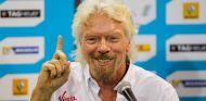 Richard Branson, el emprendedor que comenzó el imperio Virgin - LaF1