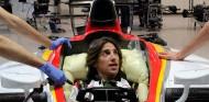 Roberto Merhi se hace el asiento para el F2 de Campos - SoyMotor