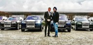 El multimillonario recibe los tres nuevos Phantom y Cullinan encargados - SoyMotor.com