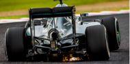 Rosberg ayuda a los más necesitados con la venta de fotos firmadas - SoyMotor
