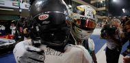 Nico Rosberg y Lewis Hamilton en Yas Marina - SoyMotor.com