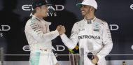Rosberg informó a Hamilton antes de su anuncio público