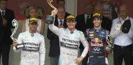 Rosberg hace valer su pole y se impone en una accidentada carrera - LaF1