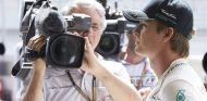 Nico Rosberg, con reprimenda en Baréin y lesión en el pie - LaF1