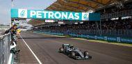 Nico Rosberg gana el GP de Malasia 2016 - SoyMotor