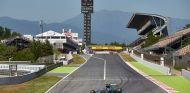 Nico Rosberg en los test postcarrera de Montmeló 2015 - LaF1