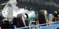 Así quedó el neumático trasero derecho de Rosberg tras reventar en Blanchimont - LaF1