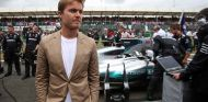 Rosberg reta a miles de fans en Instagram con un divertido sorteo - SoyMotor.com