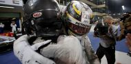 Nico Rosberg y Lewis Hamilton al cabo de la temporada de 2016 –SoyMotor.com