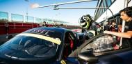 Rossi prueba un Ferrari con vistas a las 12 Horas de Abu Dabi - SoyMotor.com