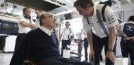 Rob Smedley charla con Frank Williams - LaF1.es