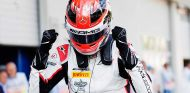 George Russell lidera un autoritario cuarteto de ART Grand Prix en GP3 - SoyMotor.com