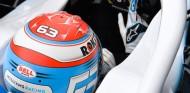 Russell propone tamaños de habitáculos estándar en F1 - SoyMotor.com