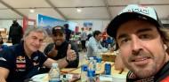 """Sainz: """"Pilotos como Alonso se cuentan con los dedos de una mano"""" - SoyMotor.com"""