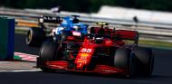 El muro de los españoles: Sainz pensó en ayudar a Alonso contra Hamilton - SoyMotor.com