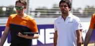 Sainz explica cómo vivió el 'caos' del GP de Australia - SoyMotor.com