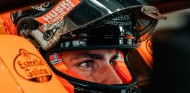 Sainz corre este viernes contra Cristóbal Rosaleny en GT Sport  - SoyMotor.com