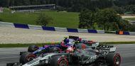A Sainz le sorprende que Haas no haya tenido mejores resultados - SoyMotor.com