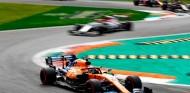 Sainz se disculpó por la radio por el incidente con Albon en Monza - SoyMotor.com