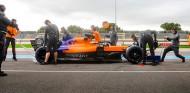 Sainz viaja al futuro en Paul Ricard: descubriendo los neumáticos 2021 - SoyMotor.com