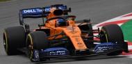 Carlos Sainz en la pretemporada invernal de Fórmula 1 2019 - SoyMotor
