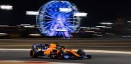 Carlos Sainz en los Libres 2 del GP de Baréin F1 2019 - SoyMotor