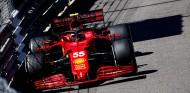 Sainz ha tenido que cambiar su estilo para adaptarse al Ferrari - SoyMotor.com