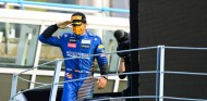 """Sainz: """"Mercedes se dieron cuenta de lo emocionante que fue una carrera sin ellos"""" - SoyMotor.com"""