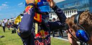 "Sainz, orgulloso de su duelo con Alonso: ""Un aprendizaje fantástico"" - SoyMotor.com"