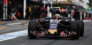 Carlos Sainz resta importancia a la actitud de Verstappen en Australia - LaF1