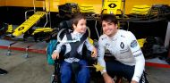 Uriel y Carlos Sainz - SoyMotor