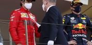 El curioso patrón que se repite cuando Sainz sube al podio en F1 - SoyMotor.com