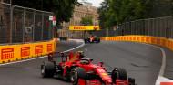 Sainz analiza por qué Ferrari es más lento en carrera que en clasificación - SoyMotor.com