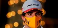 """Sainz confía en el MCL35 en Baréin, """"aunque no sé si para un podio"""" - SoyMotor.com"""