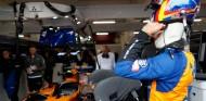 Un incendio causa tres heridos en el filming day de McLaren en Barcelona – SoyMotor.com