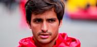 """Sainz: """"Kimi ha sido muy grande para la F1, hay que felicitarle por su trayectoria"""" - SoyMotor.com"""