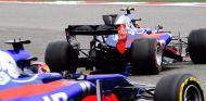 Los coches de Toro Rosso en el GP de China de 2017 – SoyMotor.com