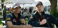 Carlos Sainz (izq.) y Daniil Kvyat (der.) en 2016 –SoyMotor.com