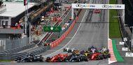 Salida de la carrera del GP de Austria 2018 - SoyMotor.com