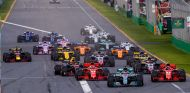 Salida de la carrera del Gran Premio de Australia 2018 - SoyMotor.com