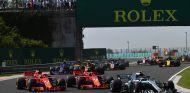 Salida de la carrera del GP de Hungría 2018 - SoyMotor.com