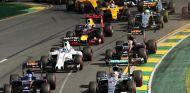 Alesi no entiende las críticas a las decisiones de Ecclestone y la FIA - LaF1
