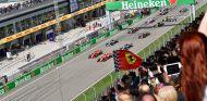 Salida de la carrera del Gran Premio de China 2018 - SoyMotor.com