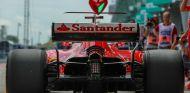 El monoplaza de Vettel durante un GP esta temporada - SoyMotor.com