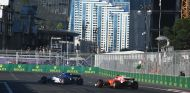 Pascal Wehrlein y Kimi Räikkönen en Bakú - SoyMotor.com