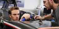 Giedo Van der Garde subido en el Sauber - LaF1.es