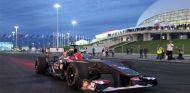 El Sauber de Sergey Sirotkin en el trazado de Sochi - LaF1